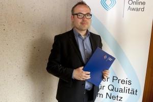 Andreas Schepers von der ESA vertritt das Angebot von Alexander Gerst; Foto: Grimme-Institut / Jens Becker