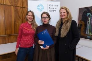Sandra Marsch (r.), Christiane Miethge (l.) und Hanna Peters bei der Nominierung für den Grimme Online Award 2016. Foto: Grimme-Institut / Rainer Keuenhof