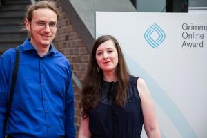 """Karolin Schwarz und Lutz Helm von der """"Hoaxmap"""" bei der Preisverleihung zum Grimme Online Award 2016. Foto: Grimme-Institut/Arkadiusz Goniwiecha"""