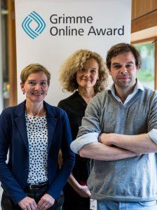 """Das Team hinter """"Meer entdecken!"""" Katja Dünnebacke (l.), Ann-Christin Hornberger, Max Mönch bei der Bekanntgabe der Nominierungen zum Grimme Online Award. Foto: Grimme-Institut / Arkadiusz Goniwiecha"""