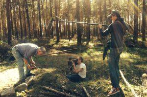 Matthias Neumann bei den Dreharbeiten auf dem Sebaldushof, Treuenbrietzen. Foto; Katalin Ambrus
