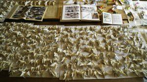 Gefaltete Insekten-Figuren. Foto: WDR / Thomas Köster