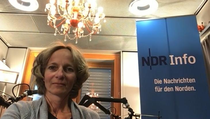 Screenshot Zoom: Redakteurin Katharina Mahrenholtz im Interview