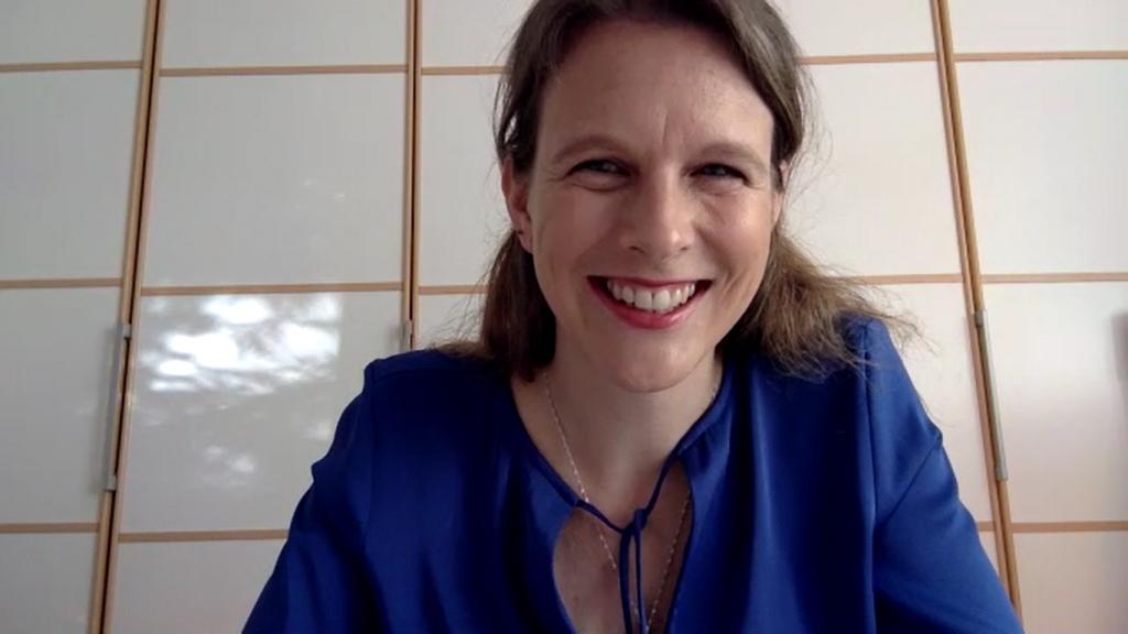 Ein Screenshot des Zoom-interviews von Peggy Elfmann.