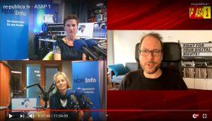 """Screenshot des Interviews auf der #rpRemote von Markus Beckedahl mit Korinna Hennig und Katharina Mahrenholtz vom """"Coronavirus-Update""""."""