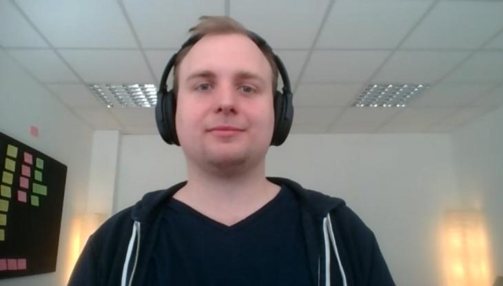 Screenshot Zoom: Jakob Schmidt im Interview